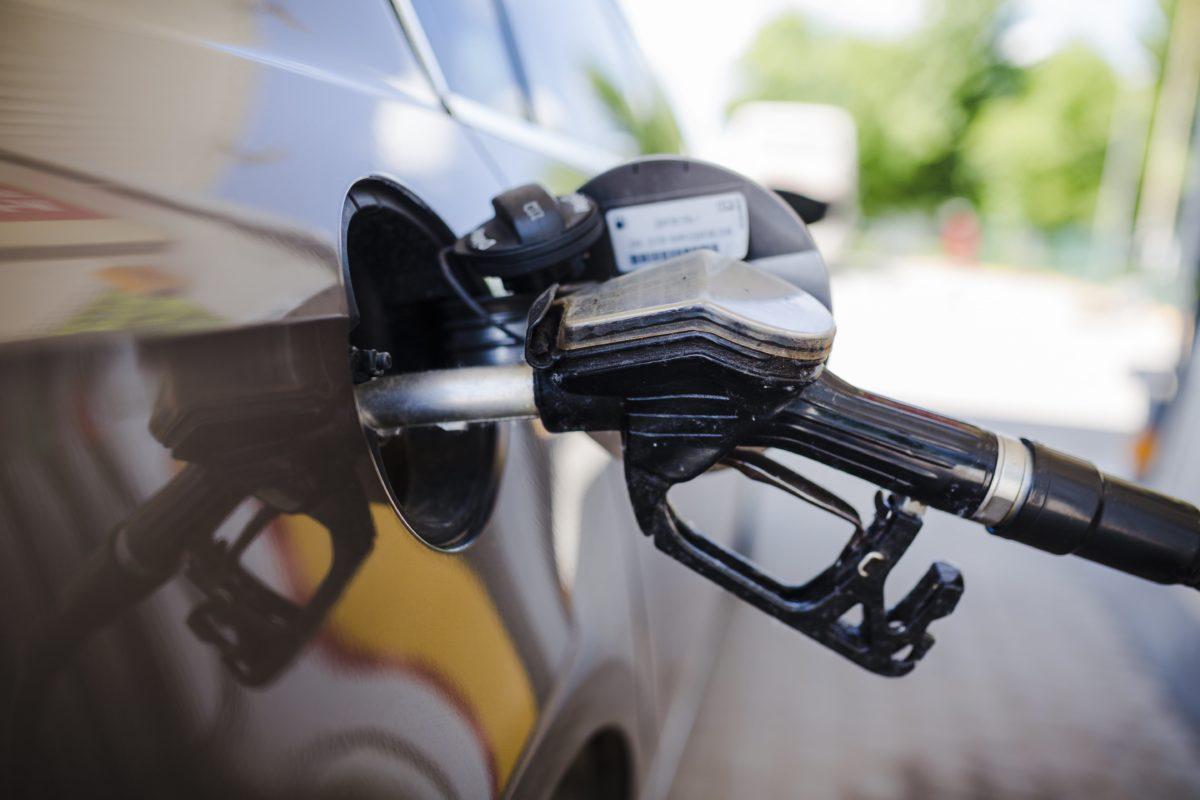 tanque de combustível dos veículos
